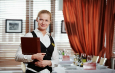Kelnerka, która przypomniała mi siłę niedokończonych...